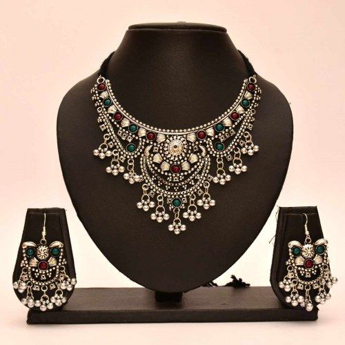 Buy Black Women Fashion Jewellery online in India. Huge range of Black Fashion Jewellery for Women at travabjmsh.ga Free Shipping* 15 days Return Cash on Delivery.