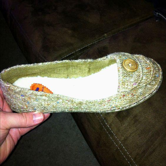 Christy's new shoe's. Like 'em.