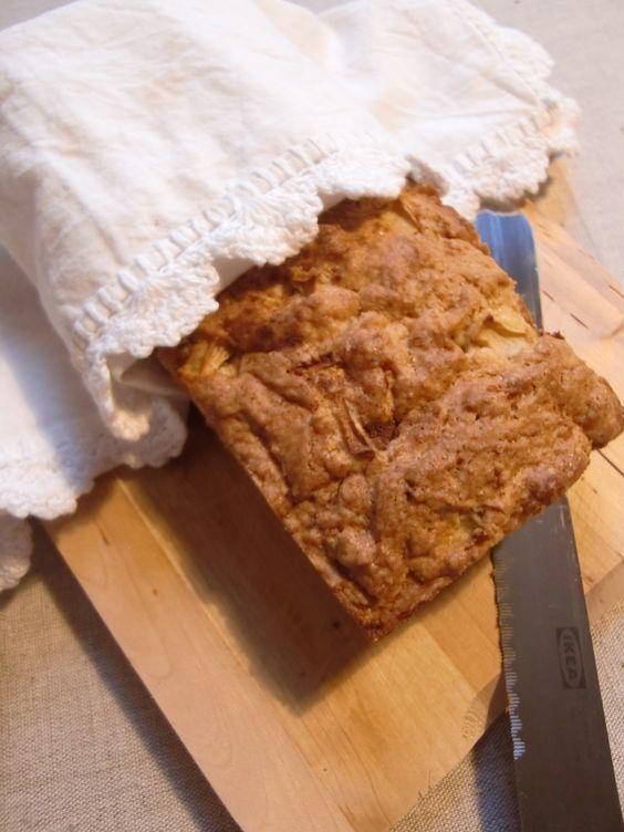 Nicht Brot noch Kuchen - aber lecker: Apfel-Zimt-Bruchen