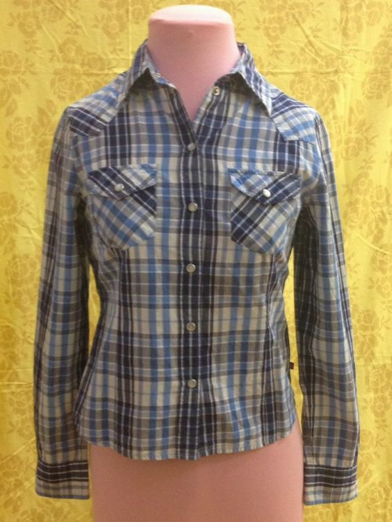 Women's Blue and White Plaid Shirt 10 $12
