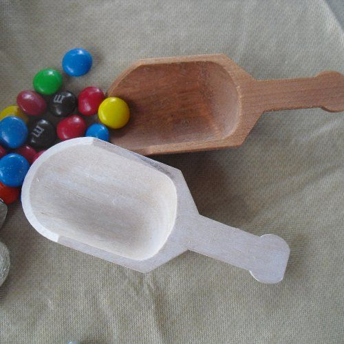 Candy Scoop -  Wood Scoops for Candy Buffets or Favors - Item 1138