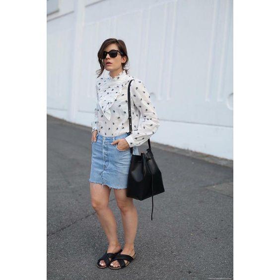 #tendencias #moda para nosotras… lacasitademartina.com 👠👗👜 #streetstyle  #fashionblogger #fashion #trends #blogger #mom #mum #coolmom #lacasitademartina #lcmMum #fashionmom #fashionmum
