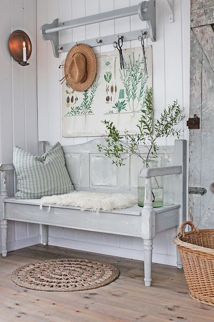 Farmhouse Scandinavian Style - bench painted with Miss Mustard Seed paint