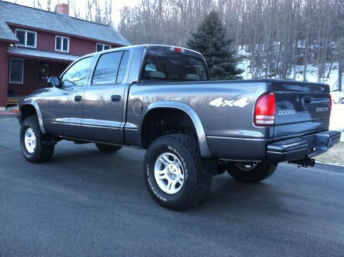 2004 Dodge Dakota Quad Cab Sport 4x4 V8 Lifted Low Miles Us 11 900 00 Image 4 Dodge Dakota Dodge Dakota Lifted Lifted Trucks