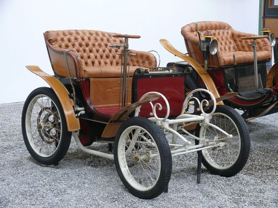 Pin By Jackie F On Horse Drawn Carriages In 2020 Antique Cars