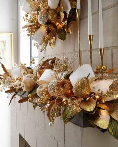 35 gold Christmas decorations and gold holiday decor - gold Christmas banister