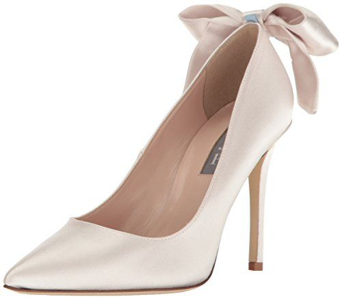 Sjp Collection Has Amazing Bridal Shoes The Wedding Guys Shoe Inspiration Sarah Jessica Parker Shoes Pearl Leather