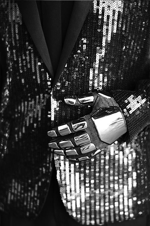 Want that daft-punk glove !! Photo by Mathieu Cesar