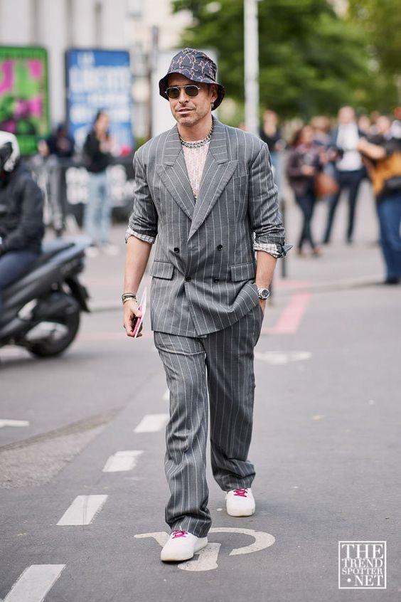 スーツ×スニーカー海外メンズコーデThe Best Street Style from Paris Men's Fashion Week S/S 2020