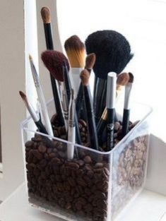 Astuce rangement pinceaux maquillage