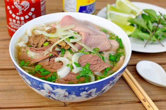 Phở Bò (Vietnamese Beef Noodle Soup) Recipe by Gastronomy