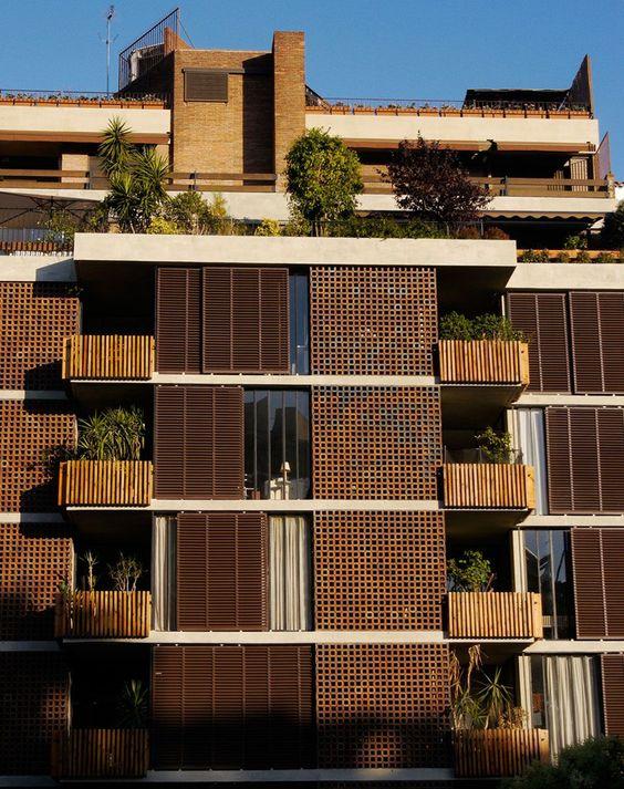 ricardo bofill taller de arquitectura portfolio bach 28 apartment building progetti. Black Bedroom Furniture Sets. Home Design Ideas