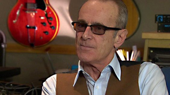 BBC News - Alcohol led me to cocaine says Status Quo's Francis Rossi