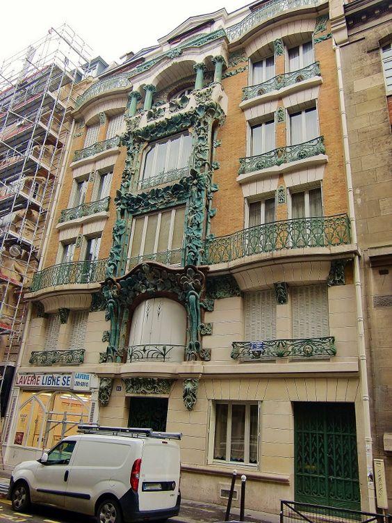 FCBTC / Paris 10ème, 14 rue d'Abbeville, immeuble style art nouveau, architecte Alexandre et Edouard Autant, céramiques de Alexandre Bigot