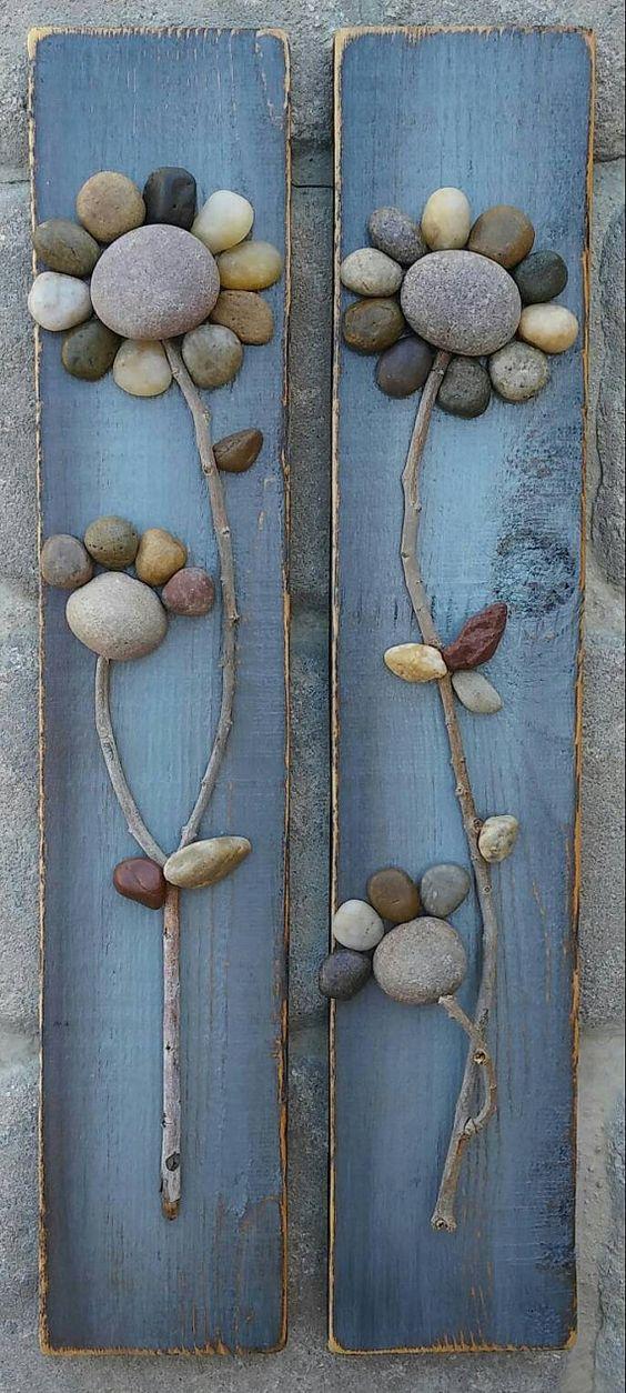 Set de flores de piedras azules realizado sobre tela vaquera