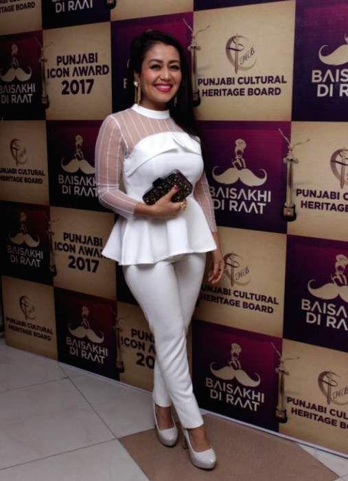 Neha Kakkar Lifestyle Wiki Net Worth Income Salary House Cars Favorites Affairs Awards Family Facts Bi Neha Kakkar Dresses Neha Kakkar Celebrities