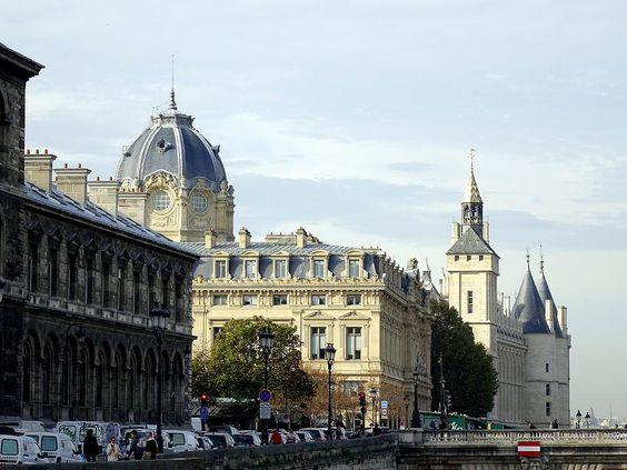 Conciergerie And Sainte Chapelle In Paris France