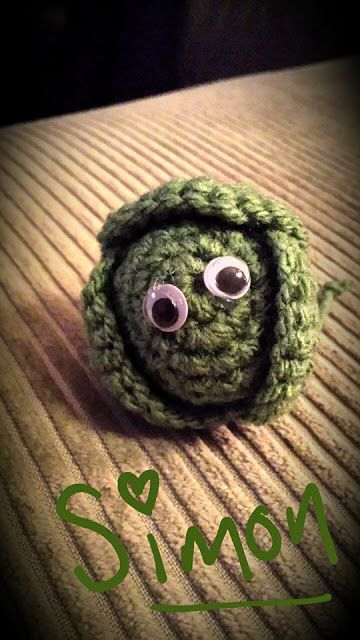 Made Out Of Things: Yummy Brussel Sprouts - free crochet pattern.