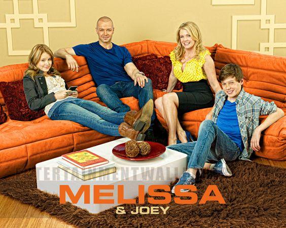 Melissa & Joey - T 01 ala 04 Ing/Sub Actualizable! - Identi