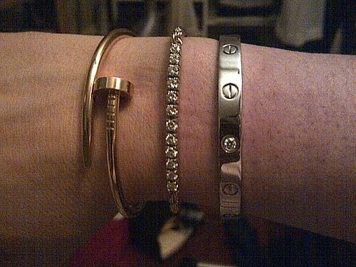 Image via We Heart It https://weheartit.com/entry/83895341 #bracelets #cartier #diamonds #tennisbracelet #lovebracelet #justeunclou