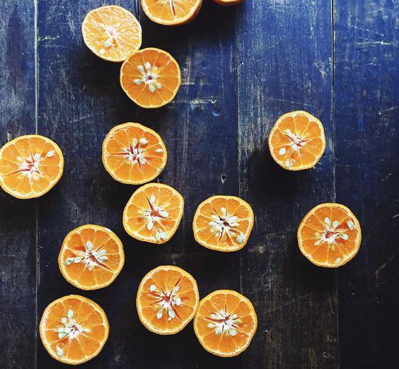 Mandarin juice in the making by silverspies