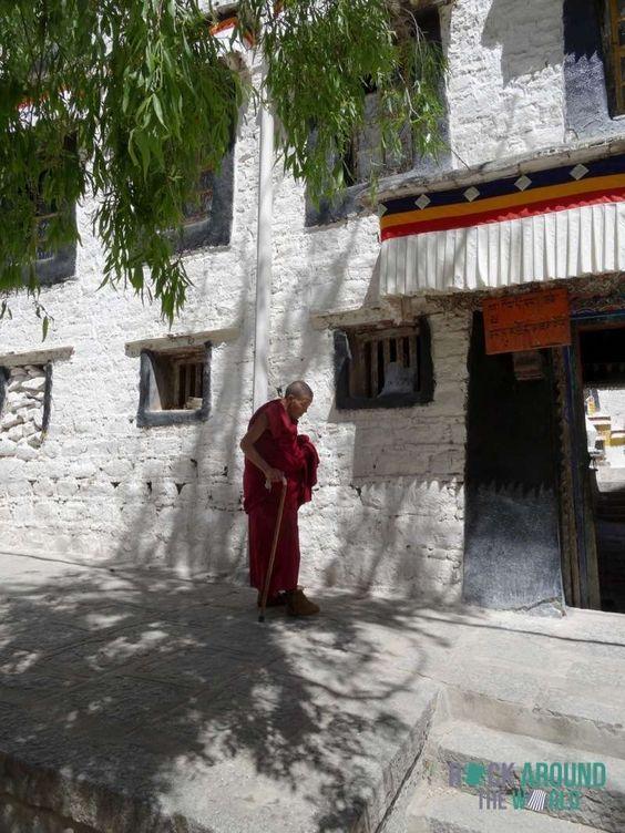 Tibetischer Mönch in der Sera Monastery in Lhasa, Tibet