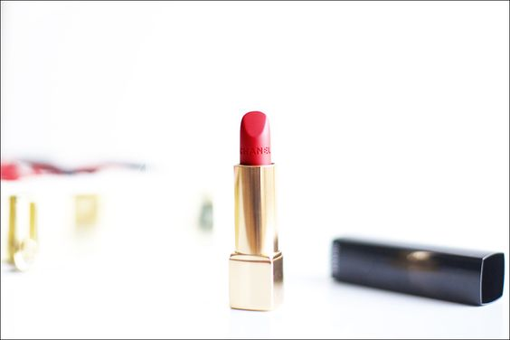 Sure, it makes perfect sense to buy beauty products that are too beautitul to use. #chanel