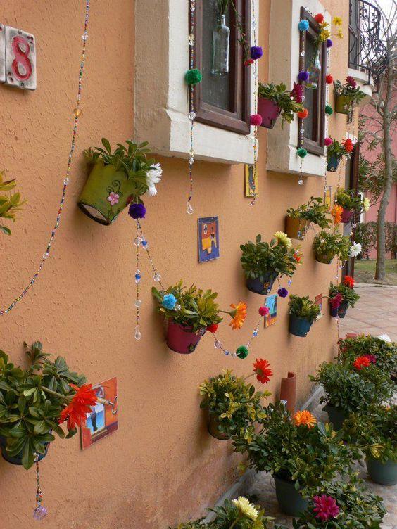 Frida Wall