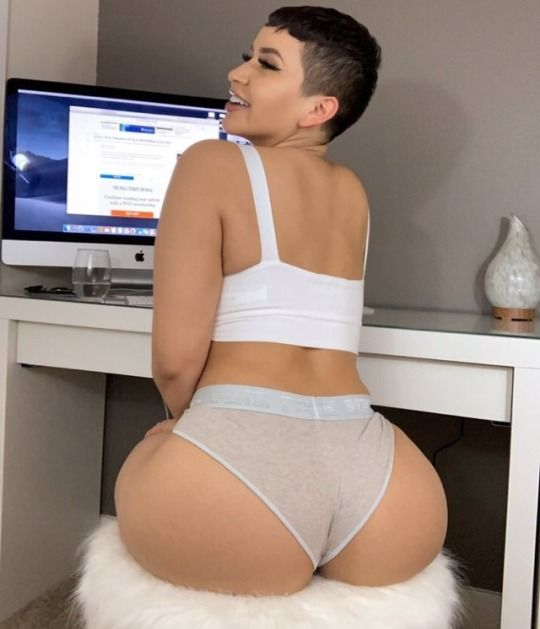 Big Booty Latina Teen Pov