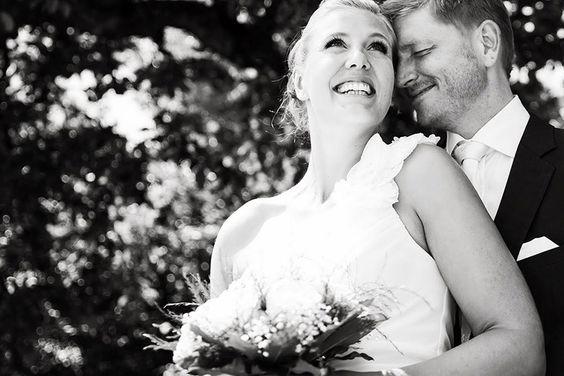 Fotograf für Ihre Hochzeit. Günstig in und um München, Erding, Fürstenfeldbruck, Wolfratshausen...usw. Die komplette Hochzeitsreportage gibts es hier zu sehen: http://www.skop-photos.de/hochzeit_in_erding/