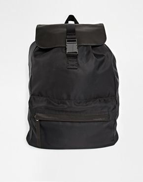 Vagabond have really got it down with this simple black backpack. I always find it hard to find a good backpack so I will definitely be purchasing this! http://asos.to/1ooihks