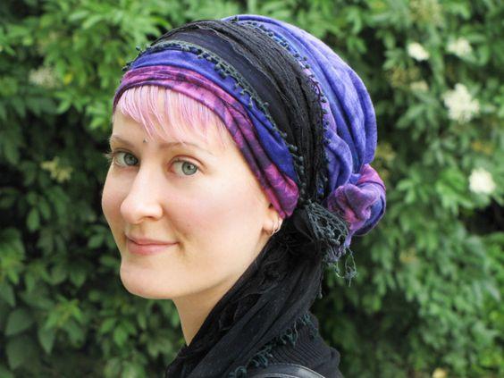 Se coiffer avec un foulard cheveux pour protéger ses
