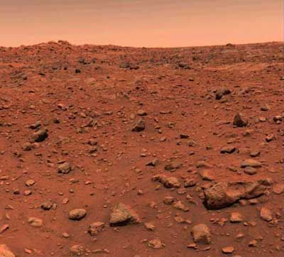 Pictures From Mars | view from Mars Pathfinder Spacecraft of suspected floodplain on Mars