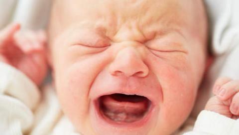 Votre bébé pleureur calmé en une minute   Prunelle