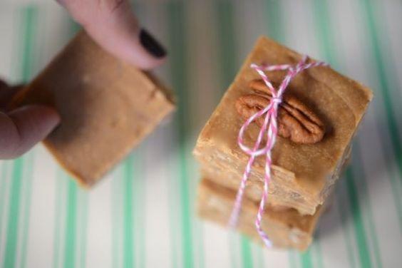 Pecan Praline Fudge - Cupcakes