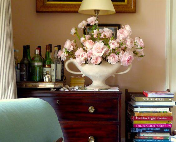 Cracking The Ben Pentreath Paint Colors Mystery | laurel home - beautiful vignette in Ben's living room.