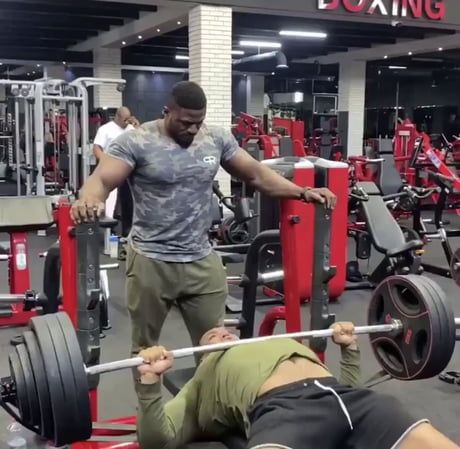 Removing Elastic Band From Weights Wow Video Gym Fail Videos Funny