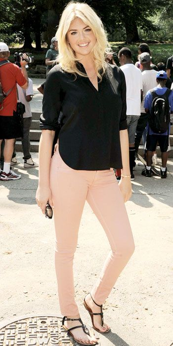 Kate Upton helped Zoo York clean up Brooklyn's Fort Greene Park sporting a black blouse and peach jeans.