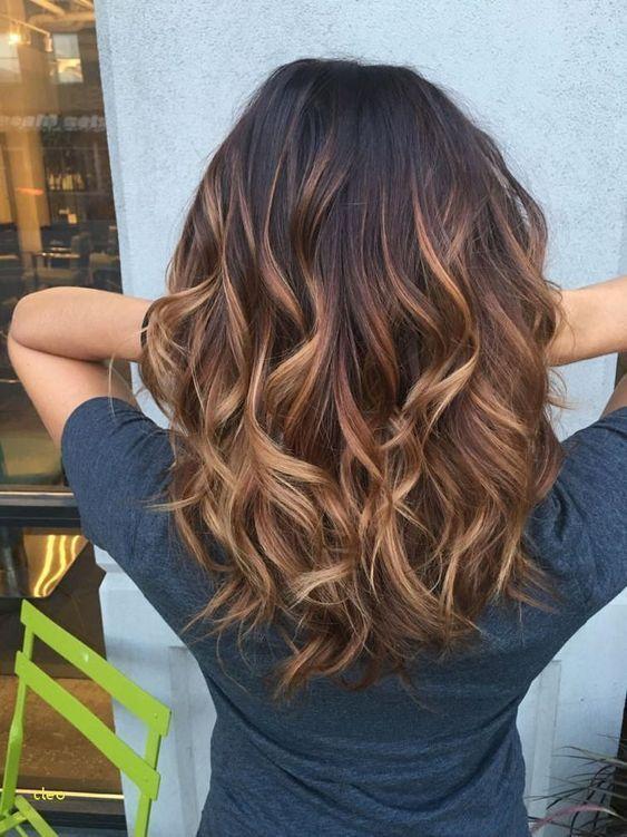 27 Best Medium Wavy Hair For Beautiful Women In 2019 Haircuts For Wavy Hair Long Hair Styles Thick Wavy Hair