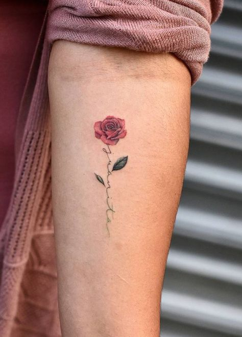 Little Rose Tattoos 30 Wunderschone Little Rose Tattoo Ideas Ideas Small Safe Junlajubalam In 2020 Small Rose Tattoo Tattoos For Daughters Tiny Rose Tattoos