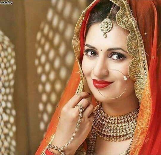 Divyanka Tripathi Hd Pic Divyanka Tripathi Wedding Bride Photoshoot Indian Wedding Bride