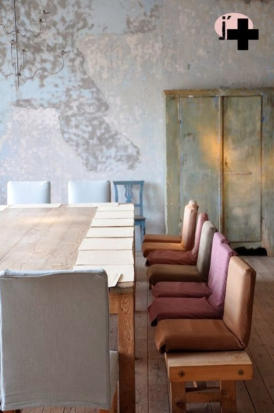 Modern rustic decor in an ancient dining room. European Farmhouse and French Country Decorating Style Photos. #rusticdecor #diningroom #oldworld #modern #minimal