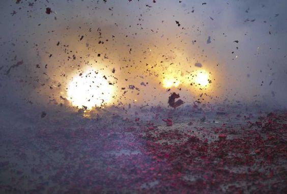 Medemblik - Zoals nu wel duidelijk is mag er op 31 december pas na 18:00 uur vuurwerk worden afgestoken. Mensen die voor dit tijdstip vuurwerk afsteken lopen kans te maken te krijgen met de sterke ...