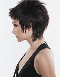 taglio corto sfilato con frangia - Cerca con Google | Hair Style ...