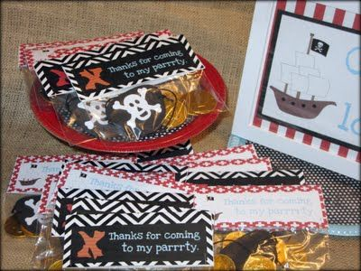 Tattered and Inked: Pirate Party Day 4: Pirate Loot Bags (and 3 free printables!) clever lolly bags made from ziplocks