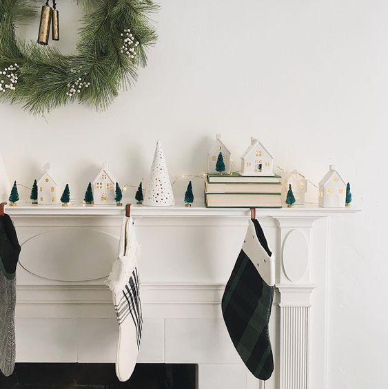Modern Minimal Christmas Mantle