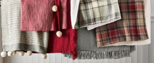 All the festive feels with uber cosy homeware! And textured throws are a MUST for nights in.