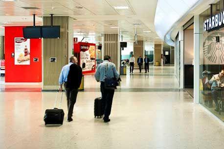 Competencia critica la forma en que el Gobierno planea privatizar parcialmente Aena - http://plazafinanciera.com/competencia-critica-la-forma-en-que-el-gobierno-planea-privatizar-aena/ | #Aena, #Aeropuerto, #Privatización #Mercados