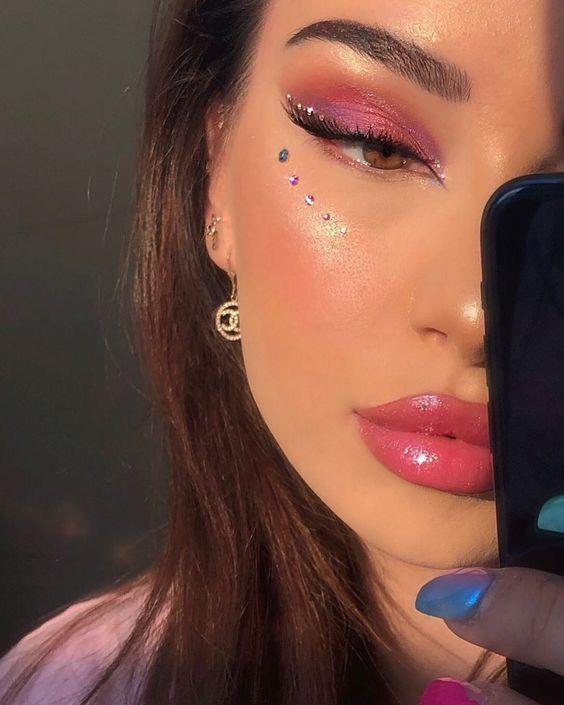 Pin By Valerie On Makeup In 2020 Rhinestone Makeup Artistry Makeup Pink Makeup
