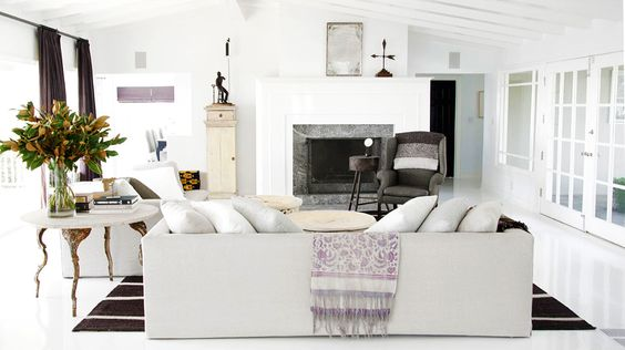 A Light and Bright Living Room // #spring // #white